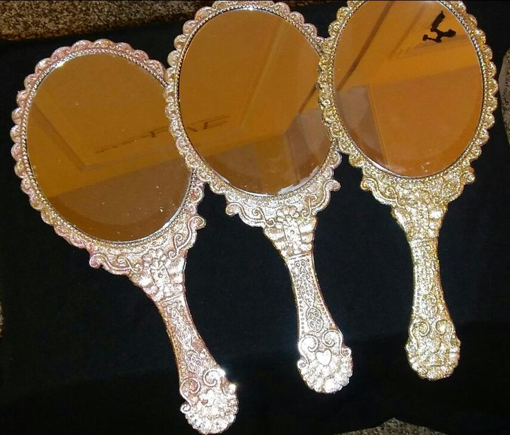DIY beauty and the beast mirrors. Dollar store mirror and 2$ glitter from Wal-Mart.