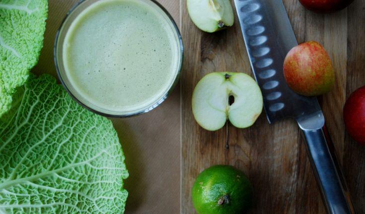 Grönkålsjuice med äpple & lime