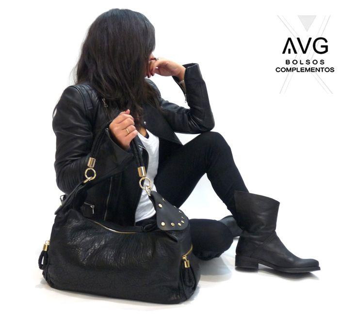 Look Shopping Requena, de AVG Bolsos y Complementos