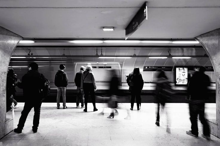 #surfing_the_mojito #metro #lisbon #people #shaked #standing #blackandwhite #bnw #bw_lover #bw_photooftheday #photooftheday #bw #instagood #bw_society #bw_crew #bwwednesday #igersbnw #photography #photo #art #beautiful #instagood  #exposure #composition #focus #capture #moment