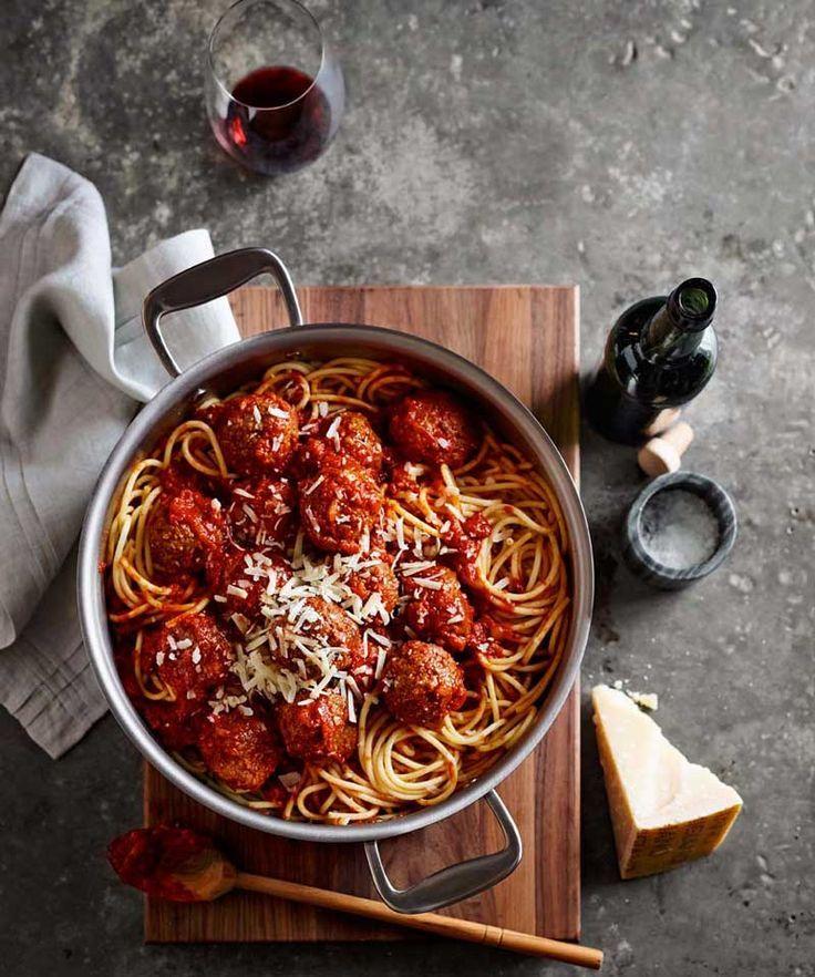 Spaghetti with Turkey Meatballs ★
