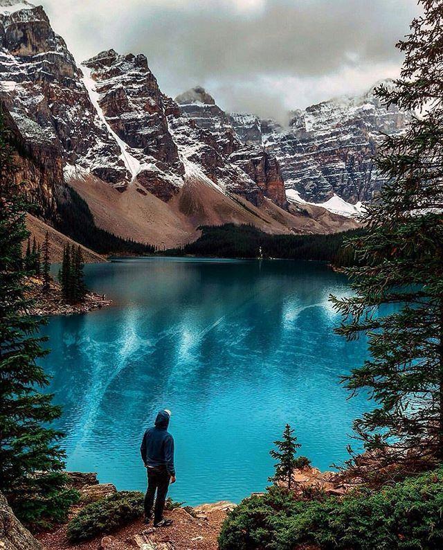 Moraine Lake, Banff National Park, Canada.   Photo by @brandonexplores