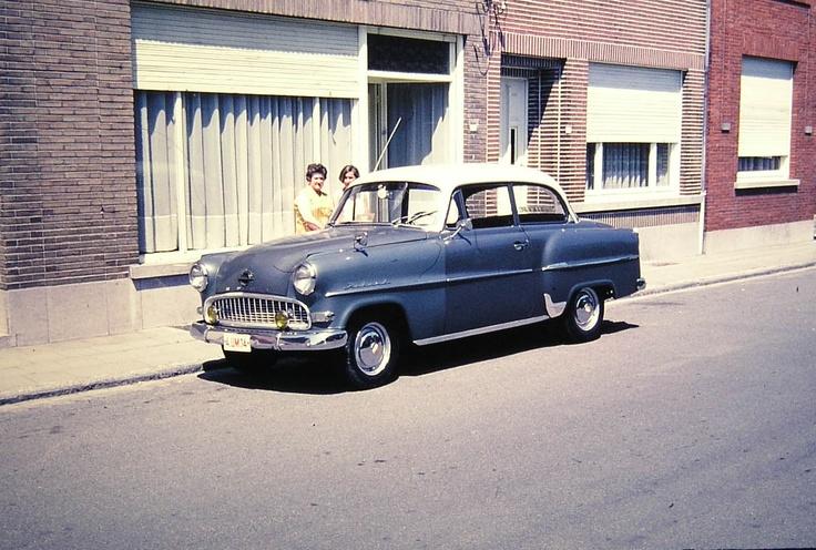 Gido Vanhuysse - Foto van zijn eerste auto: Opel - De jaren 50