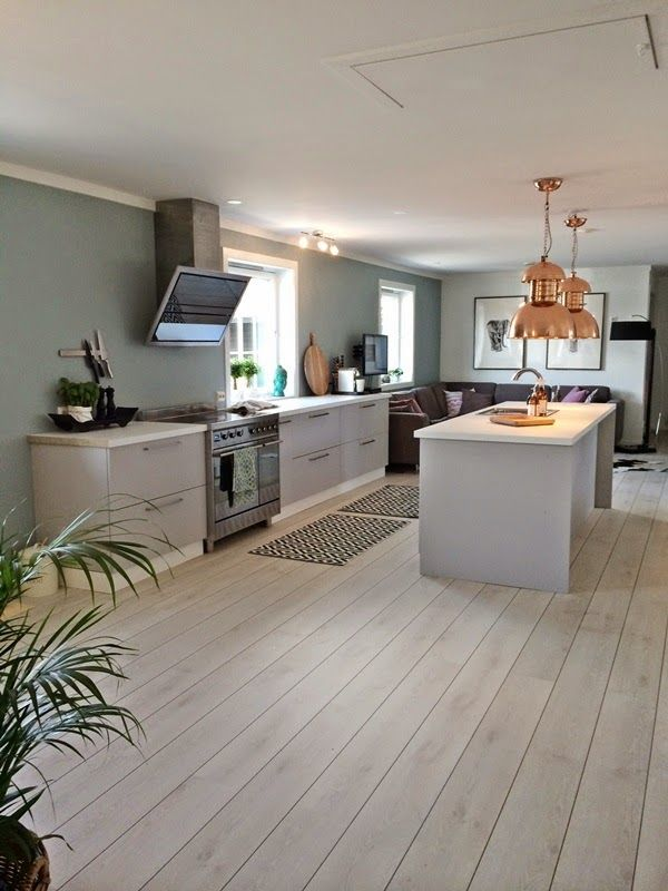 Interi�rdesign: Stue/kontor og kj�kken - F�r og etter