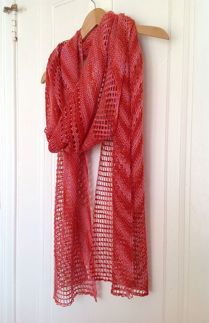 Ravelry: Shine stole with Rowan Fine Art - knitting pattern by Janina Kallio.
