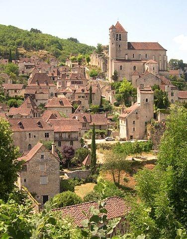 Saint-Cirq-Lapopie © domaine public