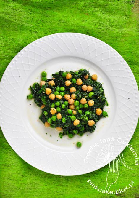 szpinak i ciecierzyca chickpeas and spinach