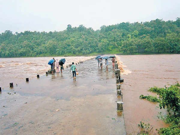 http://i6.dainikbhaskar.com/thumbnail/600x519/web2images/www.divyabhaskar.co.in/2013/09/25/0946_bha_rain7.jpg
