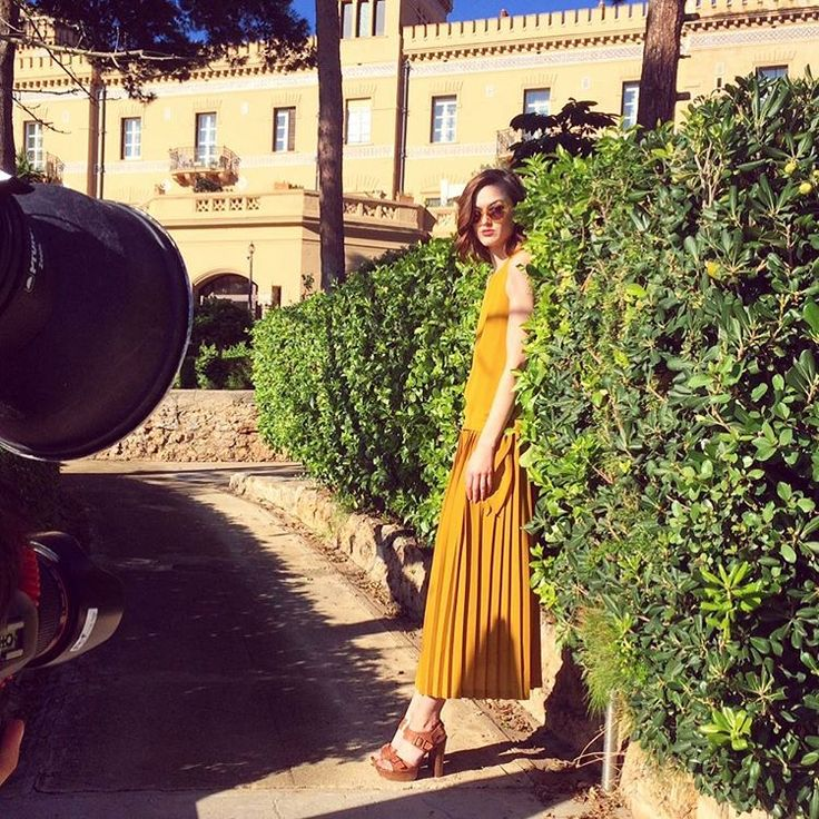 #mulpix Oggi vi mostriamo una preview della collezione estiva di  #Cinti, siamo sul set del nuovo catalogo nella bellissima città di Palermo!  Today we show you a preview of the  #Cinti summer collectioni we are at the shooting of the new catalog in the beautiful city of Palermo!  #Cinti  #shoes  #clogs  #wood  #sandals  #summer  #highheels  #heels  #springsummer  #newcollection  #fashion  #style  #must  #misthave  #cool  #cute  #glamour  #shoppingonline  #shopping  #glam  #picoftheday…