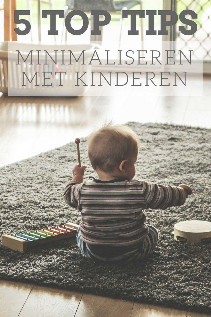 Met de komst van kinderen komen er ook een heleboel extra spullen in huis. Ik deel 5 handige tips om te minimaliseren met kinderen.