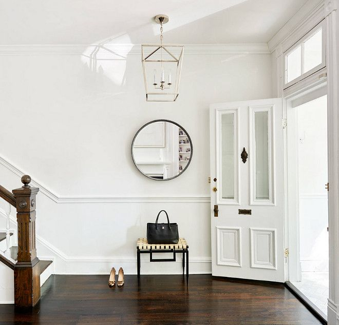 Benjamin Moore Super White. Benjamin Moore Super White. Benjamin Moore Super White walls with dark walnut hardwood flooring. benjamin-moore-super-white #BenjaminMooreSuperWhite #BenjaminMoore #SuperWhite #BenjaminMoorepaintcolors Stuart Nordin Design