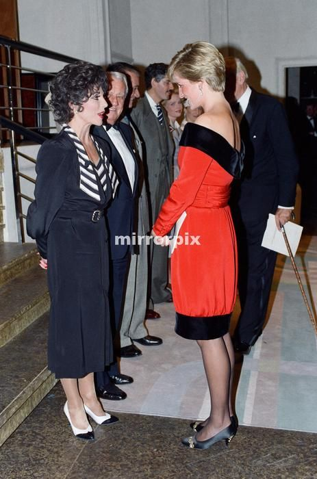 """September 24, 1990: Diana, President,  Royal Marsden Hospital, attends a charity performance of  Noel Coward's play """"Private Lives"""" at the Aldwych Theatre, Aldwych, London WC2 in aid of their Cancer Appeal"""