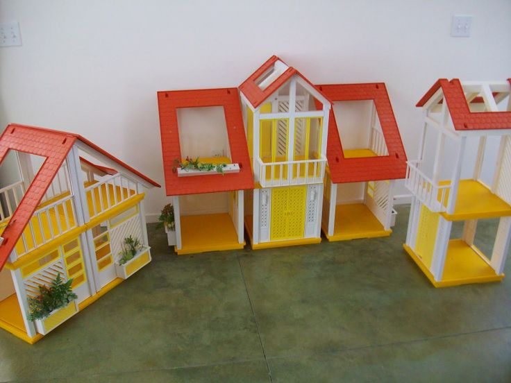The One and Only A Frame Dollhouse Website For Devoted Fans: Its a Cluster Frame: Check this out...