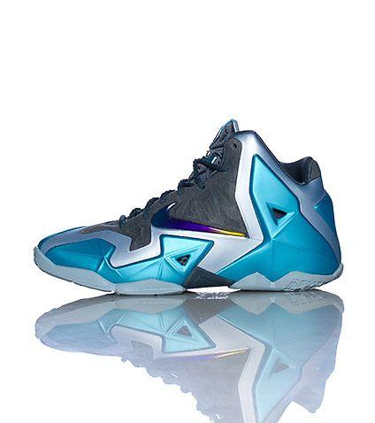 NIKE LEBRON XI GAMMA BLUE SNEAKER-BWPkT6uz i wanna get these they look nice  jimmy
