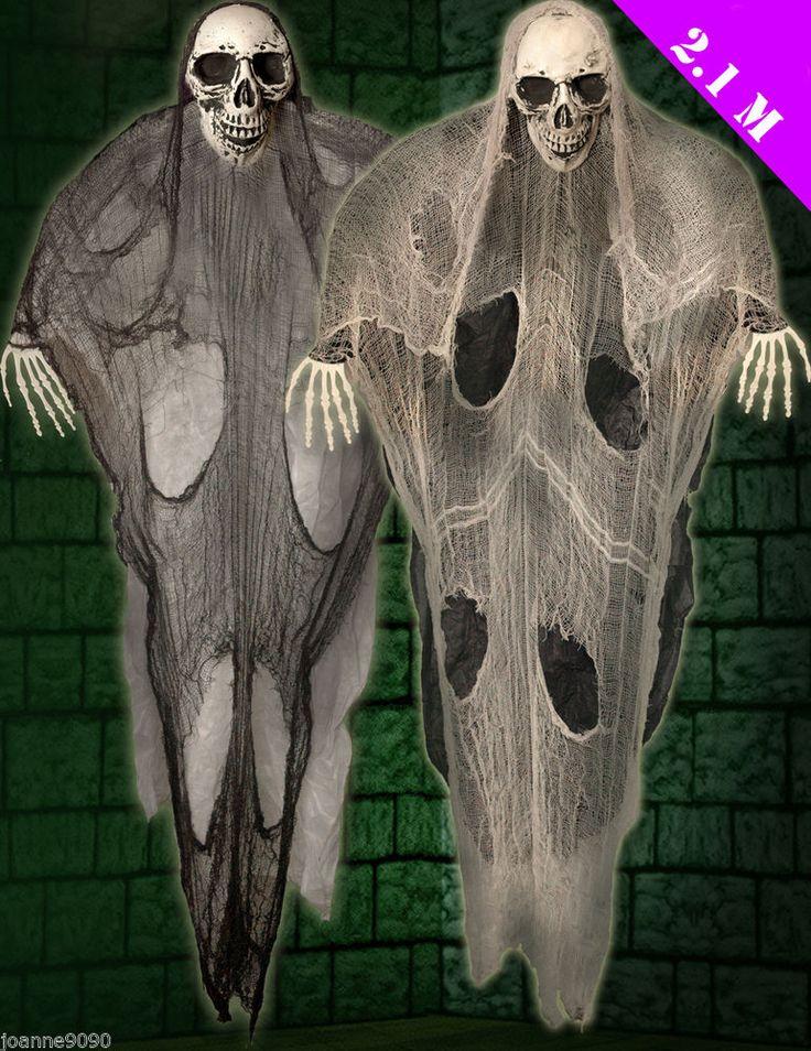 Halloween giant large hanging skull skeleton ghoul