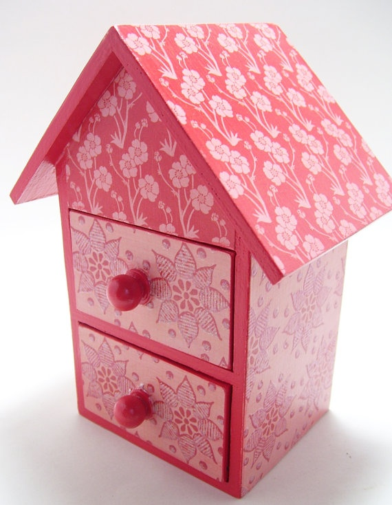 Jewelry Box Red Pink Flowers by tatteredpearls on Etsy, $9.00
