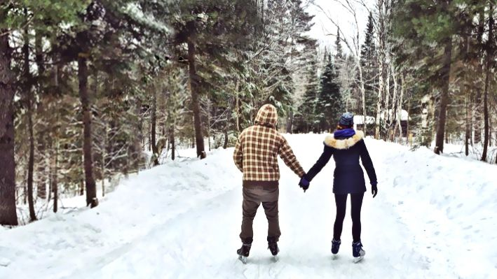 Ice Skating Trail Takes You Through A Gorgeous Wintery Park In Ontario