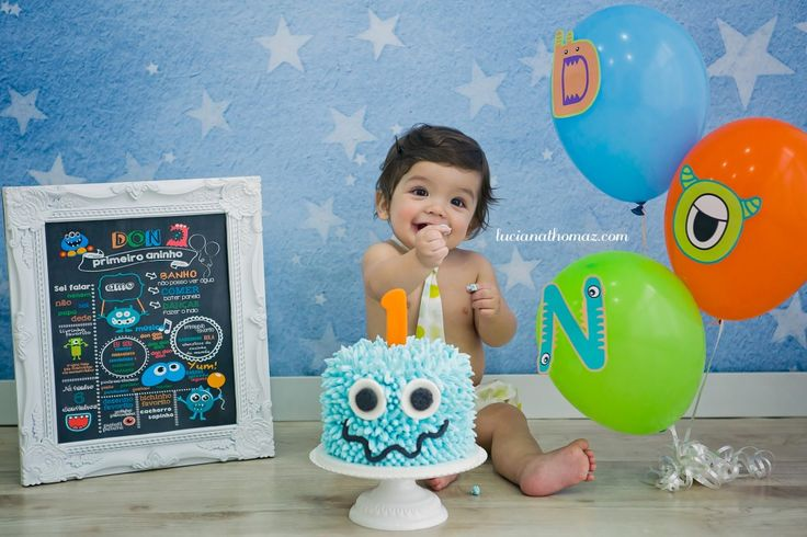 Session baby boy one years. Smash the Cake Monsters. Cake Design. Cake Smash Monsters.
