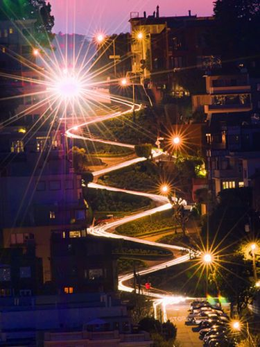 Lombard Street at night.