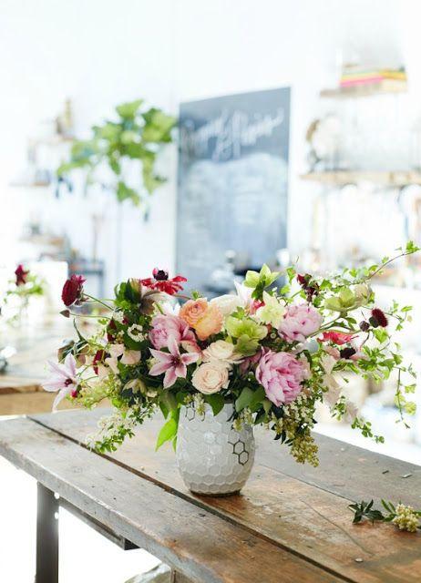 http://www.cassiaflorist.com/p/toko-bunga-di-bidaracina-cassia-florist.html