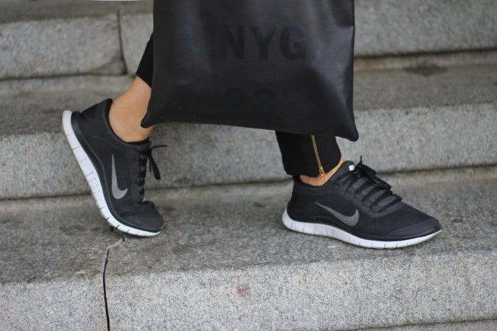 Acne & NIKE free runs http://lisa.chic.se/casual-friday/