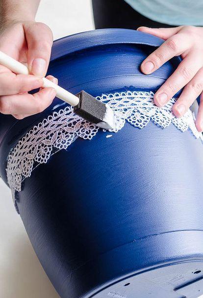turn plastic plant pots into beautiful painted lace decoupage d cor, crafts…