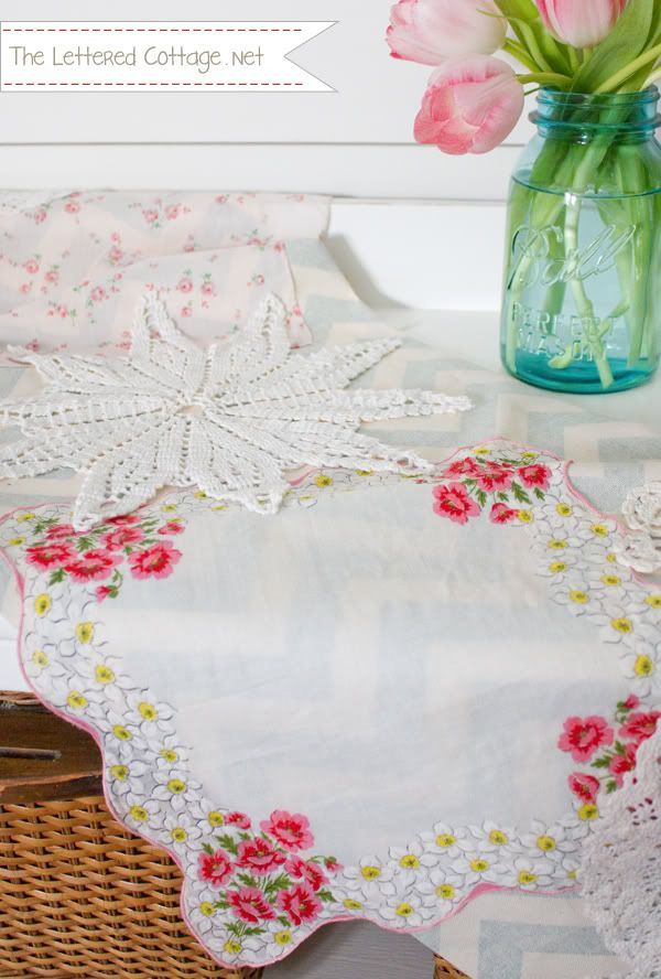 1000 images about valentines day crafts on pinterest for Diy valentine table runner