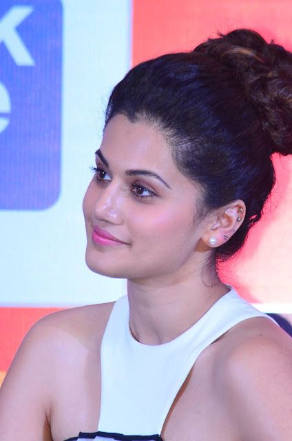 celebstills: Taapsee Pannu At SIIMA Awards 2015 Nomination List Announcement Ceremony In Chennai