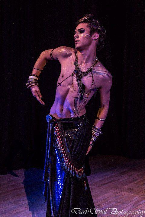82 best Genderbend Esmeralda images on Pinterest | Belly dance Costumes and Dressing rooms