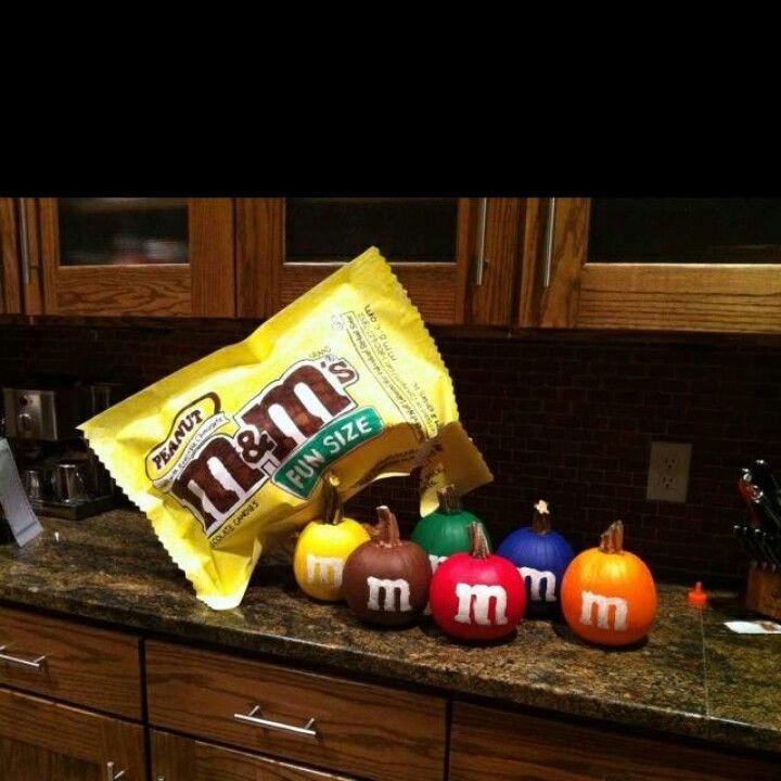 M m pumpkins halloween pinterest pumpkin ideas for M m halloween decorations