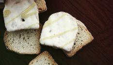 Brandt Minis Buttermilch-Zitrone Zwieback mit u.a. Zitronenschalen (0,3%), natürliches Zitronenaroma mit anderen natürlichen Aromen und 48% Buttermilchfettglasur (Buttermilchpulver (2,4%)) mit Zitronengeschmack