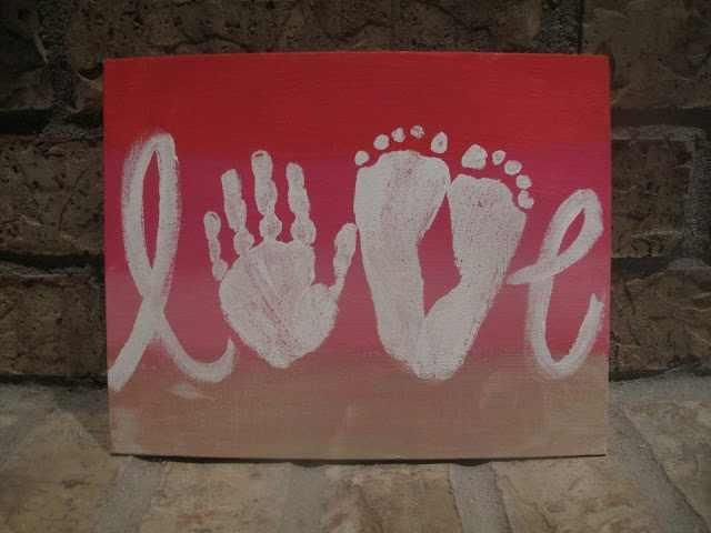 Love sign using your child's feet and hand <3