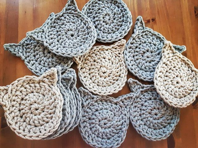❤❤ #sznurekbawełniany #druty #handmade #recznierobione #lovecrocheting #knitting #dzierganie #crochet #diy #knitinstagram #handcrafted #cushion #miladruciarnia #kolor #cottoncord #cotton #basket #inside #instacrochet #crocheting #baumwolle #fabrics #color #kot #cat #podkladka #włóczka #knit