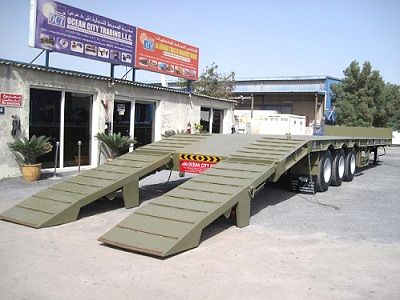 """OCT is Specialized Low Bed Trailer manufacturer and suppliers in Dubai, UAE. Our Low Bed Trailer is essentially being used for transportation of heavy machinery, moving equipment, tankers and generators and etc."""""""