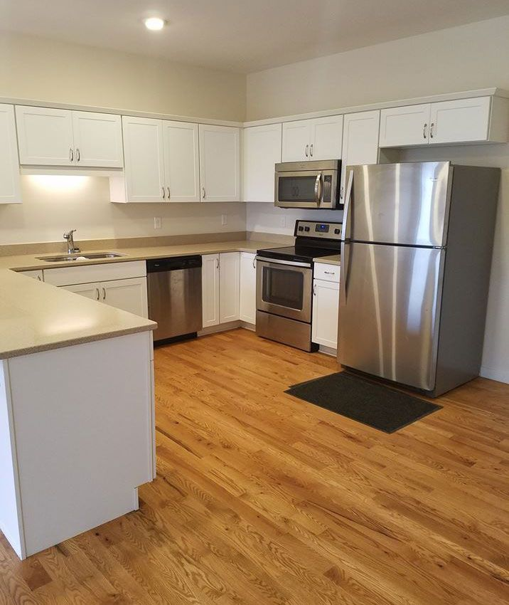 Rae Matt Properties Known For Their One Bedroom Apartments Iowa City Have Begun Leasing For T With Images One Bedroom Apartment One Bedroom Multifamily Property Management