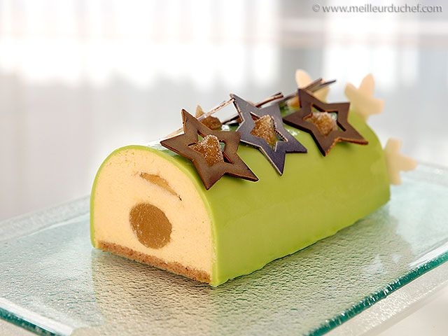 Yule Log with Granny Smith Apple Mousse - Meilleur du Chef