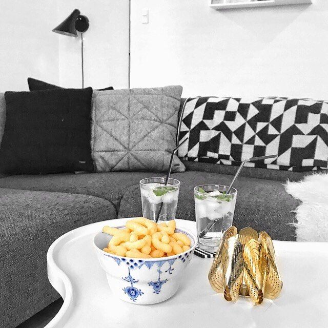 Golden Blossom tea light holder / Photo by @delux_mor
