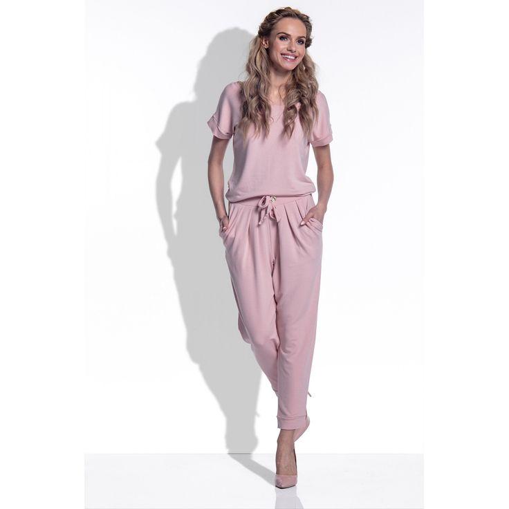 Salopeta dama cu maneci scurte si pantaloni trei sferturi roz  #salopetacasual #salopetadezi #salopetadama