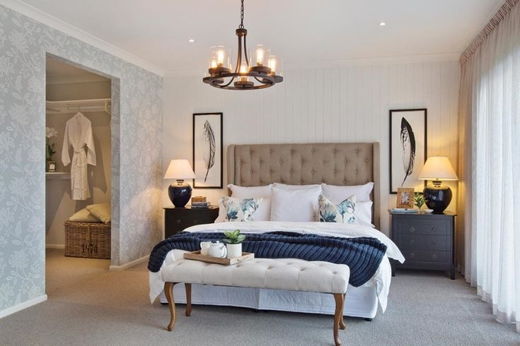 Master bedroom in the Classic Hamptons interior style by World of Style