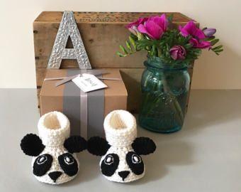 Panda bebé botines - botines de bebé hecha a mano - Crochet Bootied - botines Animal - bebé - regalos de bebé - recién nacido del regalo - Panda