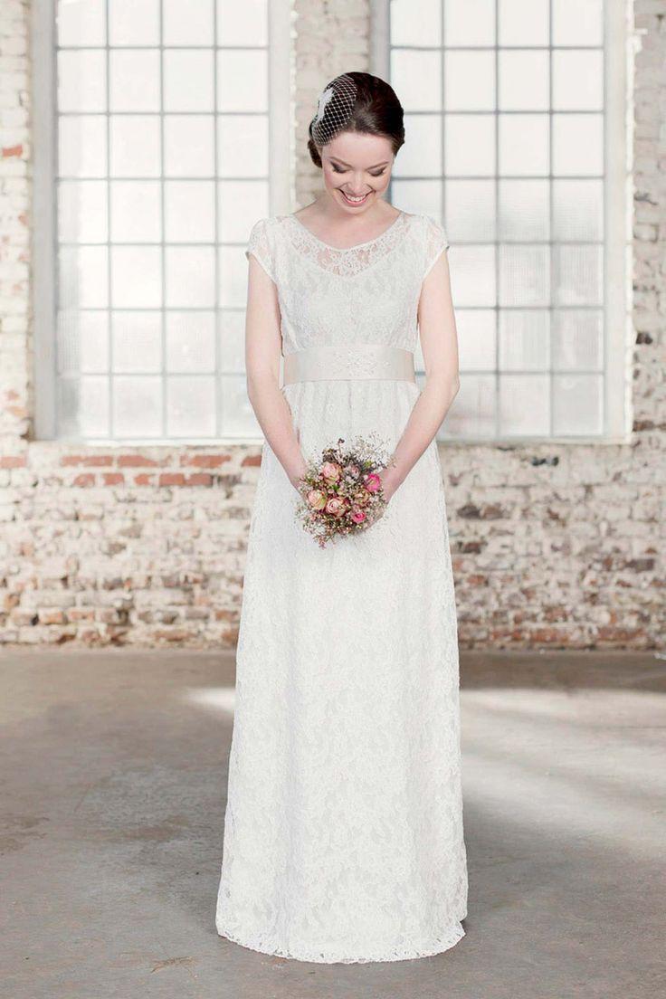 18 best Hochzeitskleid images on Pinterest | Ausfallen, Boleros und Gast