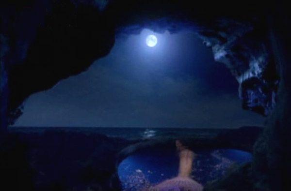 Moon pool on Pinterest | Mako Mermaids, Moon and Pools