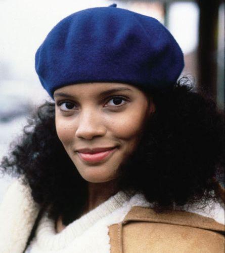 """Shari Headley, mocinha do filme """"Um príncipe em Nova York"""" (1988)"""