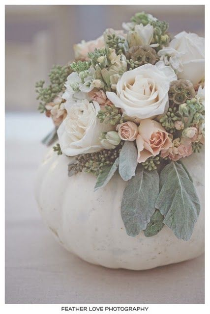 Early winter late fall wedding center piece simple yet for Simple pumpkin centerpieces