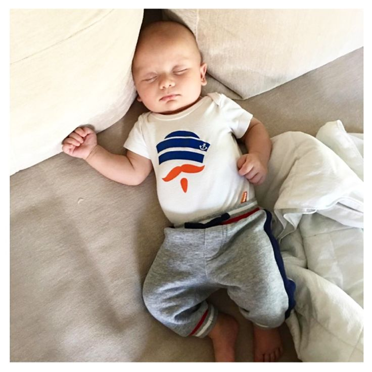 I can't deal that my FAVORITE bachelor couple @seanloweksu and @catherinegiudici's little sweetie, Samuel is wearing our #MÔMES Sailor baby onesie!!!  Sooo darn cute!!! & yes I'm still pinching myself!!!  Thank you so much Catherine & Sean! We love you!! #momes#picoftheday#instadaily#thebachelor#seanandcatherine#babyorganic#bachelornation#instagood#instagreat#instababy#celebrith#truelove#bachelorette#bachelor