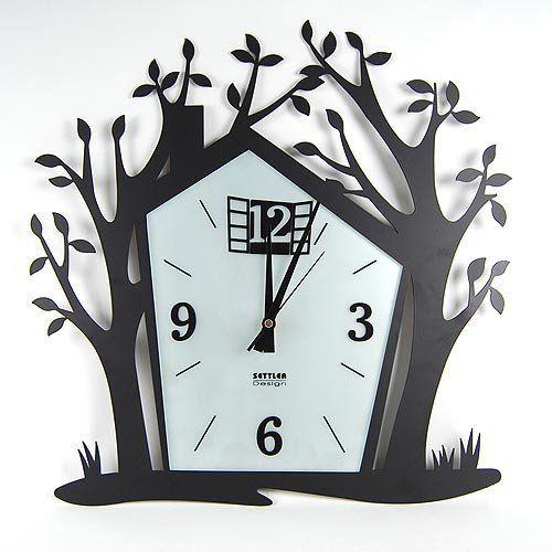 ağaç ev figürlü dekoratif duvar saati modeli