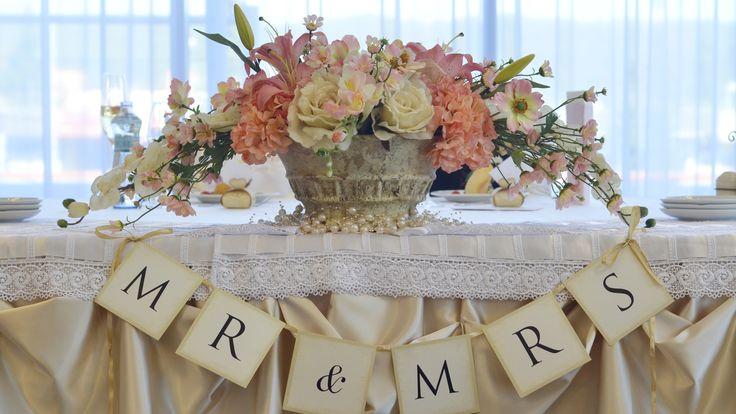 svadobný stôl v slaboružovom prevedení