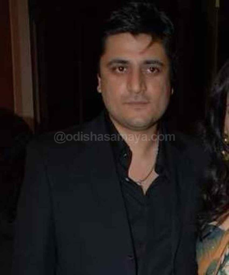 Salman, Aamir will help wrestling get its due: Goldie Behl - http://odishasamaya.com/news/entertainment/salman-aamir-will-help-wrestling-get-its-due-goldie-behl/68139