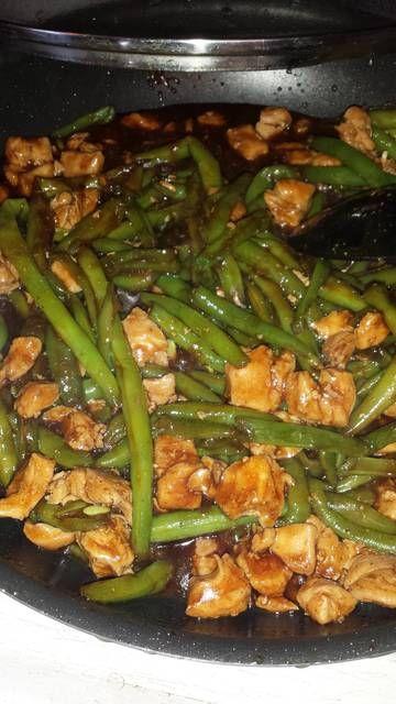 Chicken and green bean stir fry