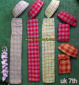 Sarung kopyah oreng uk 7th idr 80rb per sett  https://indobayi.wordpress.com/2015/06/11/sarung-kopyah-bayi-lucu/